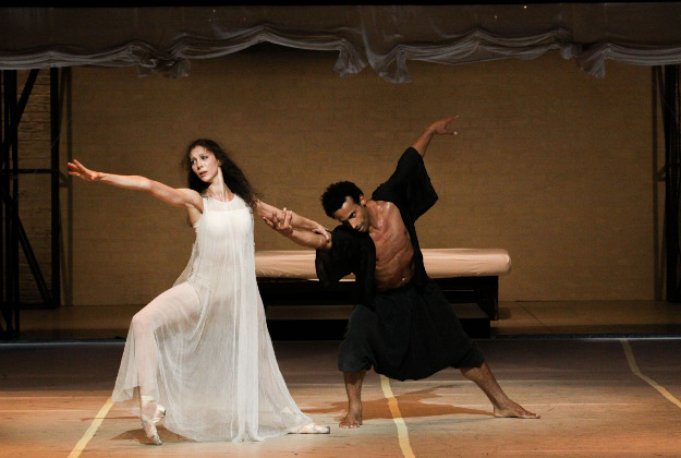 Helene Bouchet (Desdemona) and Amilcar Moret Gonzalez (Othello) in Hamburg Ballet's Othello, featured at Harris Theater of Music and Dance as part of Shakespeare 400 Chicago in 2016.