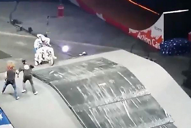 Just before an accident happened at the Nitro Circus in Glasgow