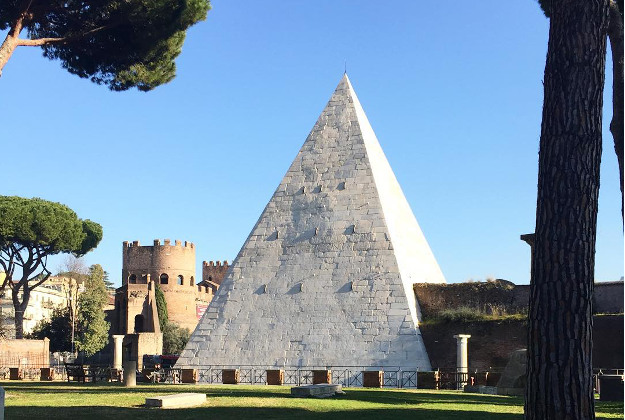 The Pyramid of Cestius in Rome has undergone a cleaning.