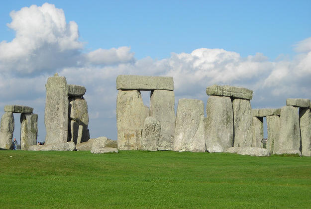 Stonehenge to be recreated in Austrian museum.