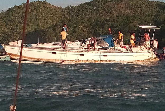 Philippines coast guard inspect the yacht where a mummy is thought to have been found