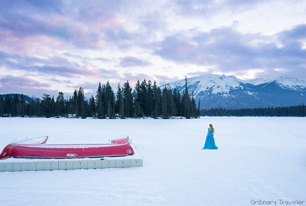 Christy Woodrow is travelling around the world with a 'Cinderella dress' as part of a photo series.