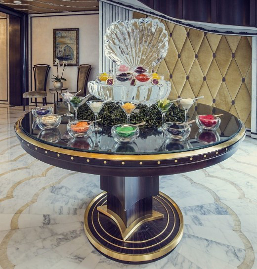 A caviar-on-demand menu is also included in the brunch.