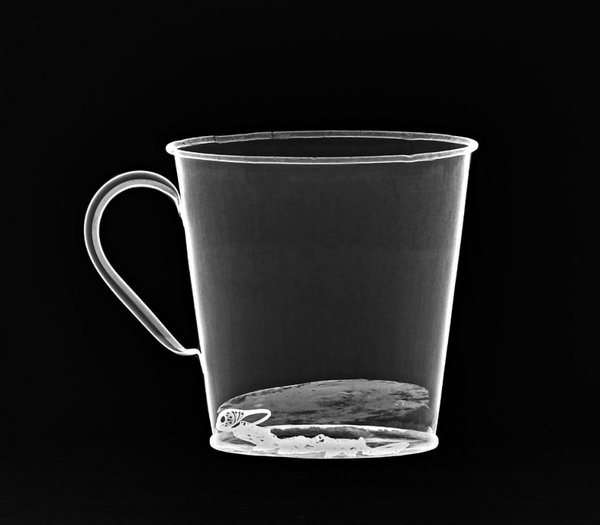 An x-ray of the mug showing the hidden jewellery.