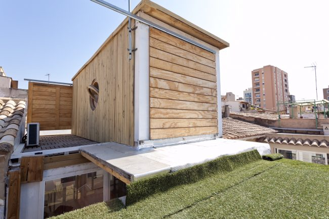 Container home for rent, Palma de Mallorca, Spain. Image: Airbnb