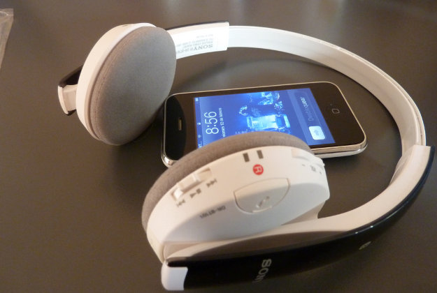 New app with smart earpiece to instantly translate foreign languages.