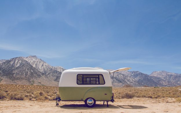 The Happier Camper features a simply and beautiful retro design.