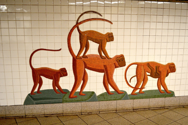 Each station has its own identity thanks to the artwork.