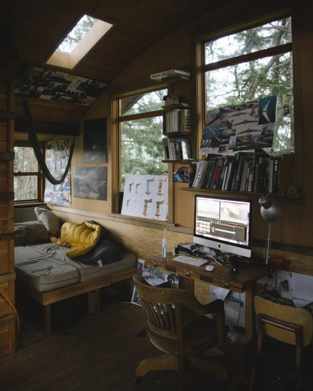 The Interior Of One Of Foster Huntingtonu0027s Tree Houses In Oregon. Image:  Foster Huntington