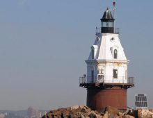 Southwest Ledge Lighthouse, Boston