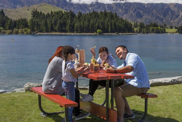 The new halal food guide wants to showcase the best in New Zealand food.