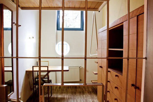 Cell 102 is an example of Scandinavian design, with all of the furniture being fixed to the wall.