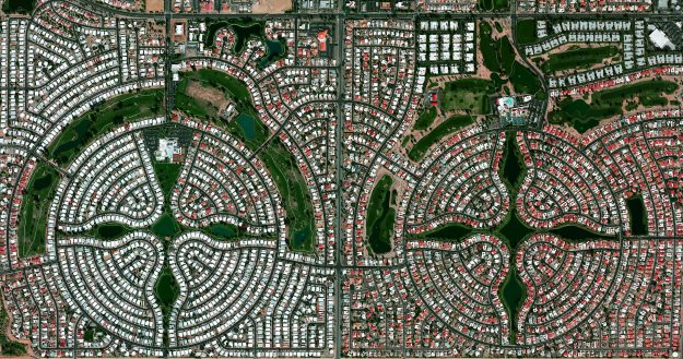 Sun Lakes, Arizona in USA. A planned community with a population of approximately 14,000 residents, most of whom are senior citizens.