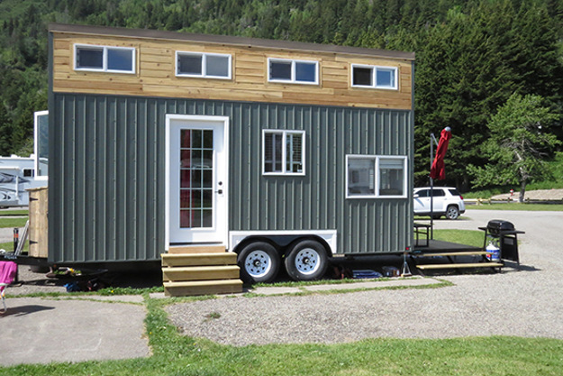 Tiny Home on Wheels in Waterton Lakes National Park
