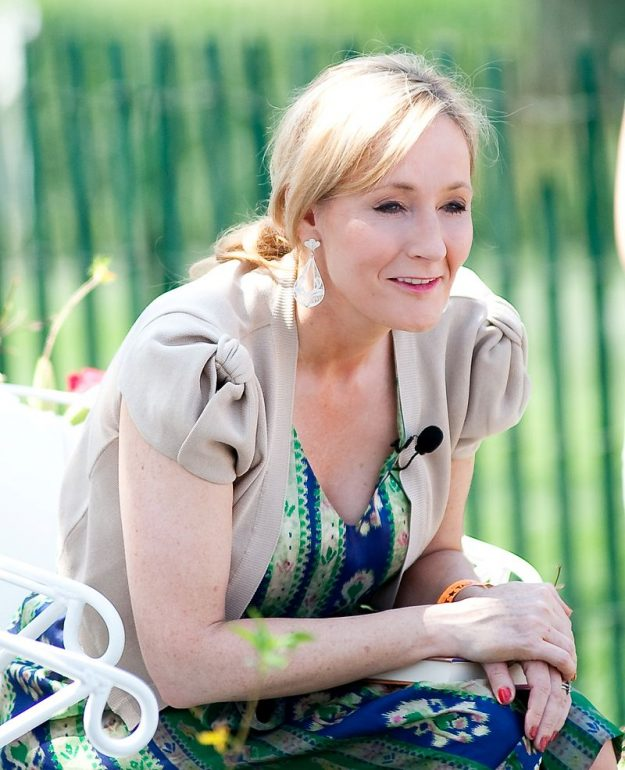J.K. Rowling reads from Harry Potter and the Sorcerer's Stone at the Easter Egg Roll at White House.