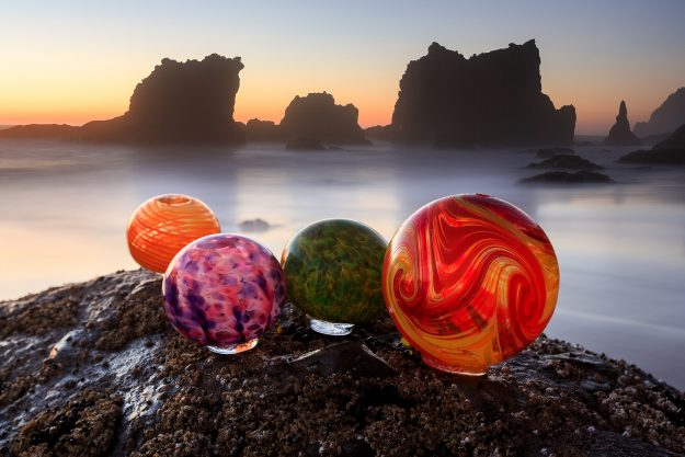 The event sees hand crafted glass floats being hidden in the ocean and around the beach every day.