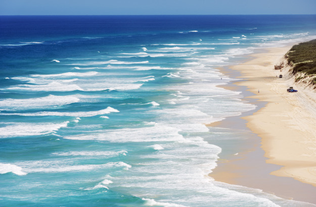 Seventy Five Mile Beach, Great Sandy National Park, Fraser Island, World Heritage Area, Queensland, Australia.