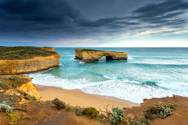 London Arch (Formally London Bridge), Great Ocean Road, Victoria, Australia.