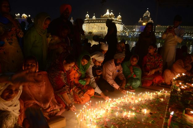 Diwali The Hindu Festival Of Lights 2016 In Pictures