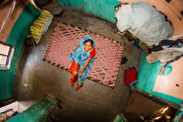 Room #348 featuring 17-year old Asha from Bamansemilya, India.