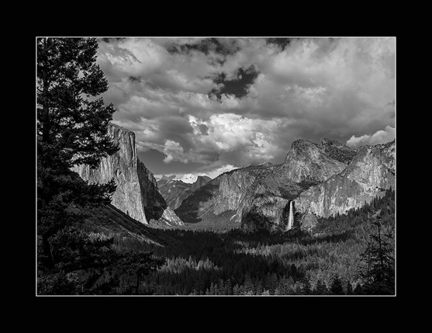 Yosemite Valley-Tunnel View