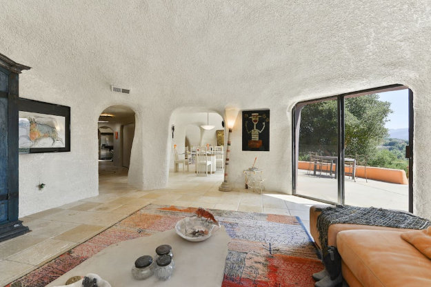 Live like a Flintstone in this Californian town.