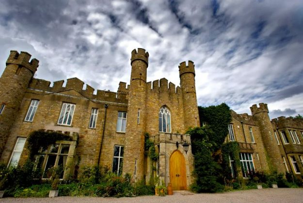 Live in an historic English Castle.