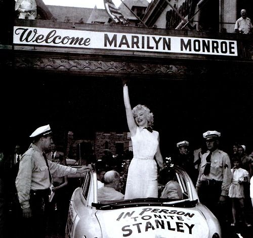 Marilyn Monroe arriving to stay at The Claridge Hotel in 1952. Image: Secret Escapes