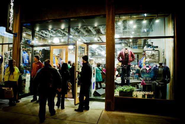 Patagonia to donate 100% of Black Friday sales to environmental groups.