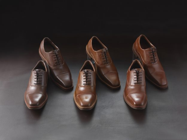 Motohiro Okai from Rihga Royal Hotel's chocolate boutique L'éclat has crafted nine pairs of men's shoes entirely from chocolate. Image: PR Times