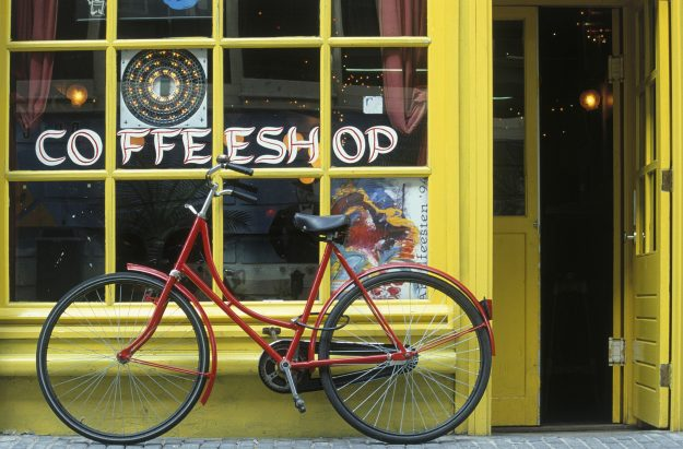 Mellow Yellow is Amsterdam's oldest coffee shop but will cease trading in 2017.