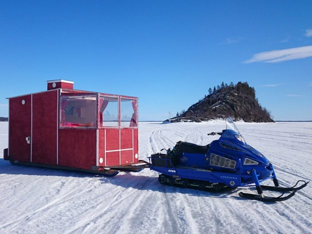 The cabins are located one kilometre from Inari town and base camp.