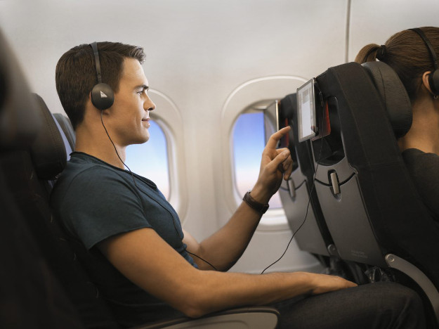 Netflix and Spotify is coming to Qantas flights.