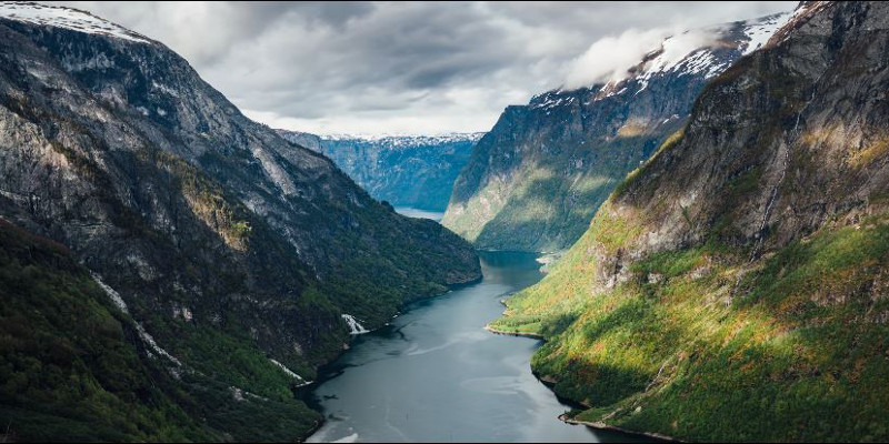 See all the seasons and landscapes of Norway in this incredible time-lapse video