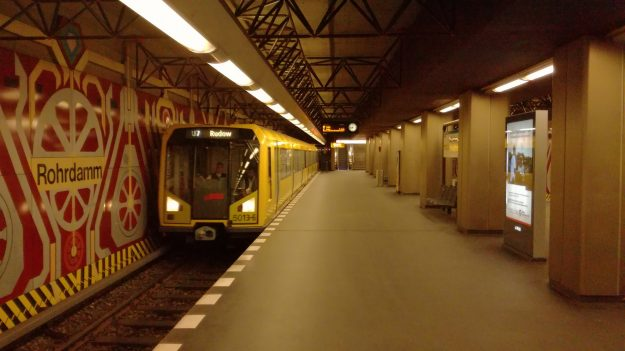 Rohrdamm is one of seven 1980s Berlin U-Bahn stations that have been listed as historic monuments.