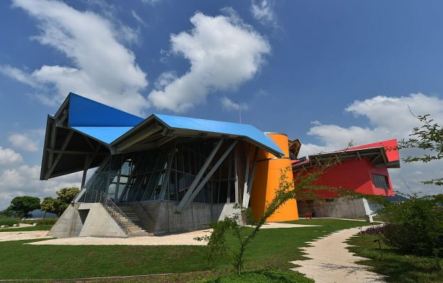 Frank Gehry's Biodiversity Museum in Panama is proving a big draw for wildlife