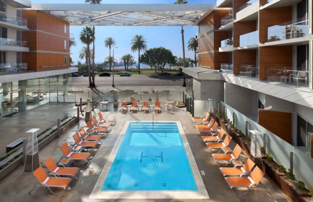 This Santa Monica hotel will give passengers who fly in the middle seat to LAX a room upgrade. Image: Shore Hotel