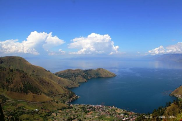 Lake Toba is one of ten destinations the Indonesian government wants to promote. Image: Yudha Lesmana/Lonely Planet