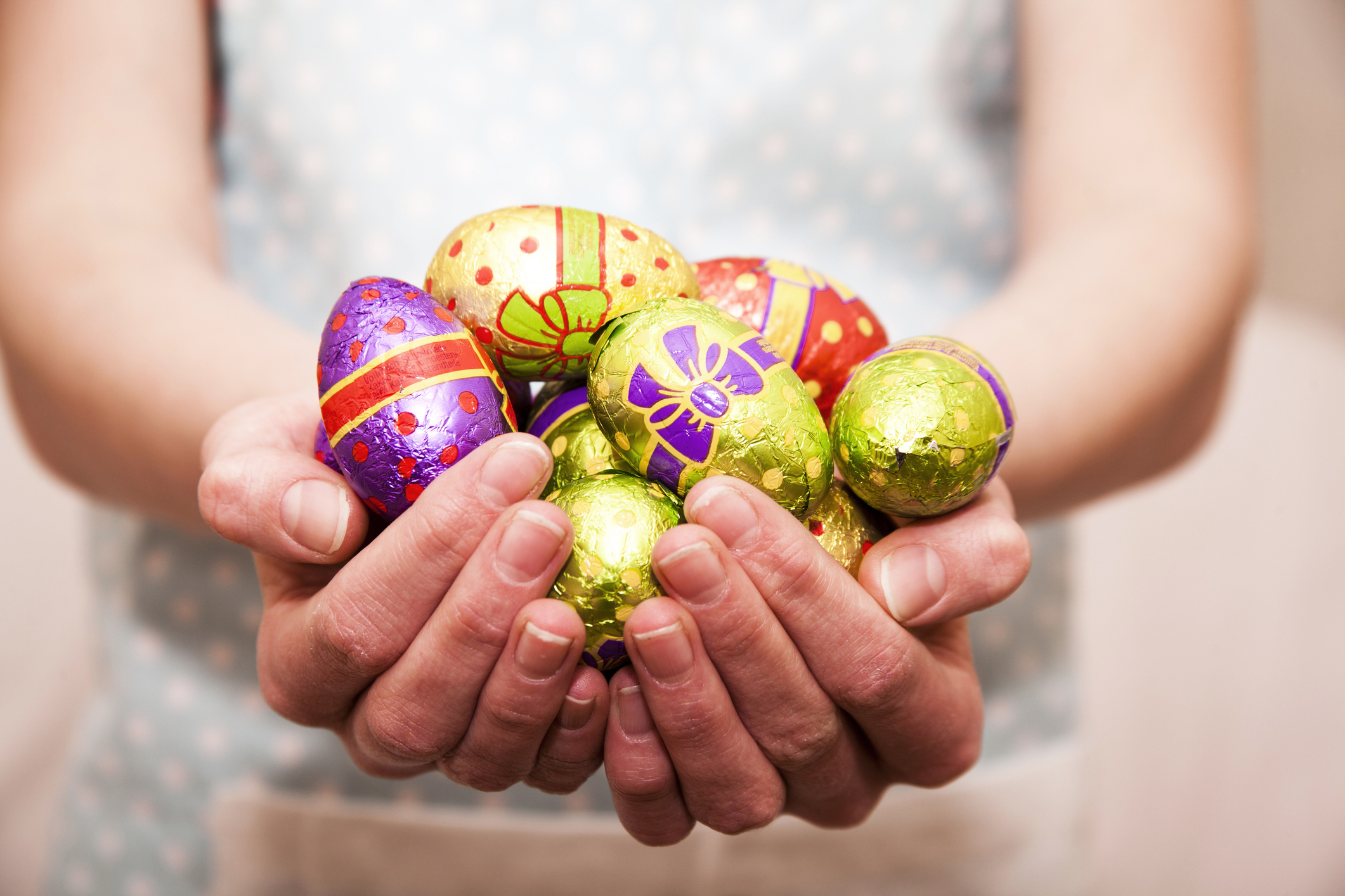 A helicopter will drop more than 30,000 chocolate Easter eggs over Upper Coomer on Good Friday. Image: Sally Anscombe