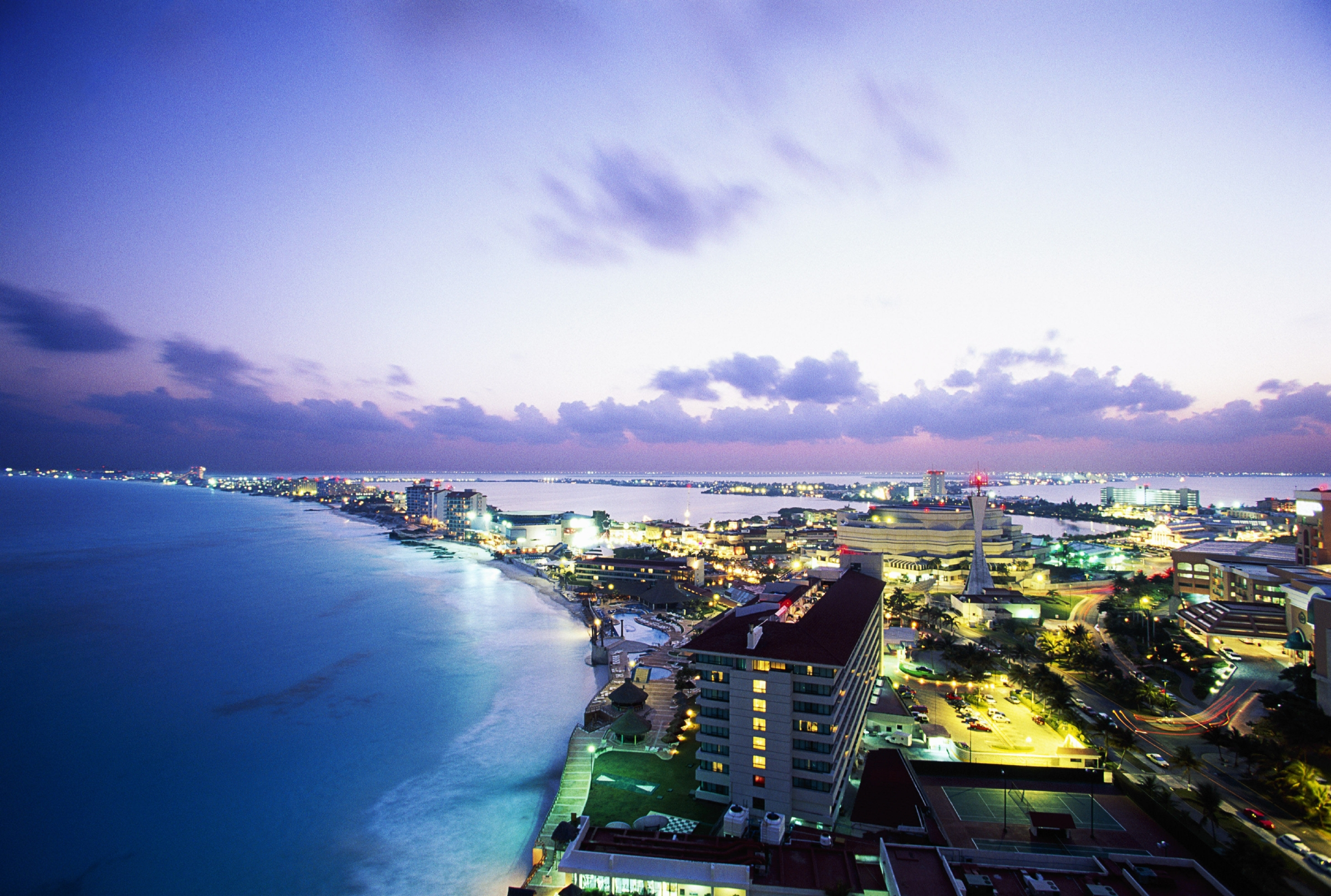 Aerial view of Cancun, Mexico. Image: Brand X Pictures/Getty Images