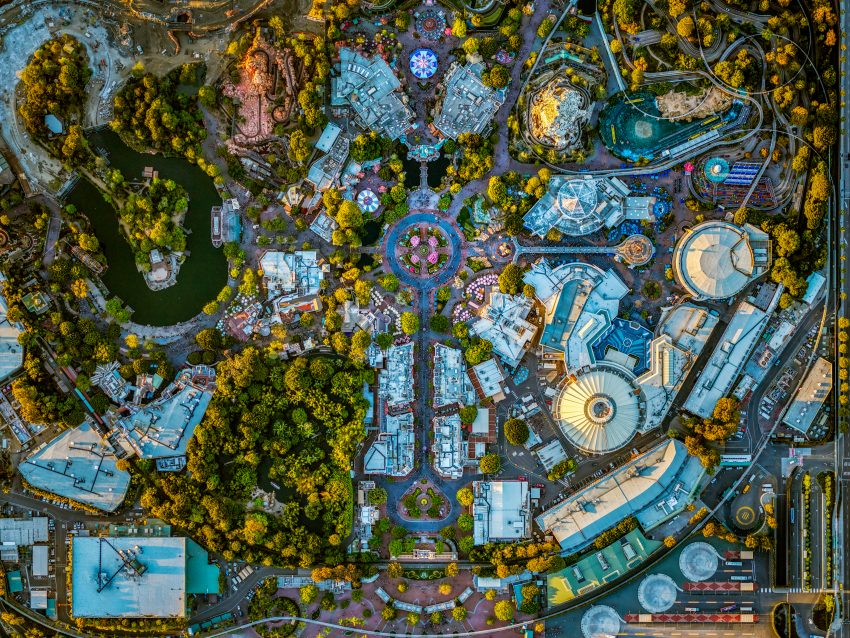 Photographer Captures Spectacular Aerial Images Of Us