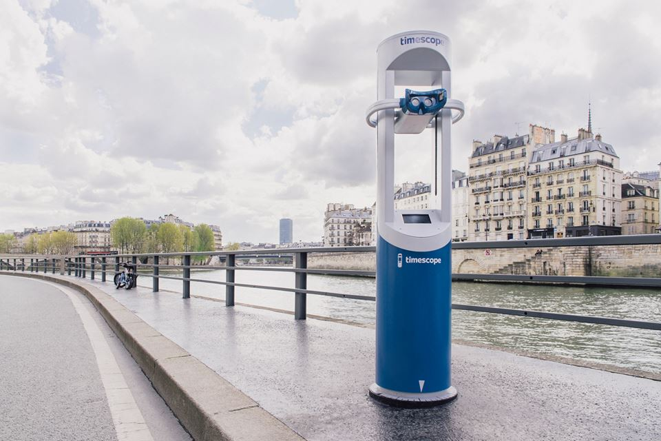 Timescope, the virtual reality telescope near the Pont d'Arcole bridge in Paris.