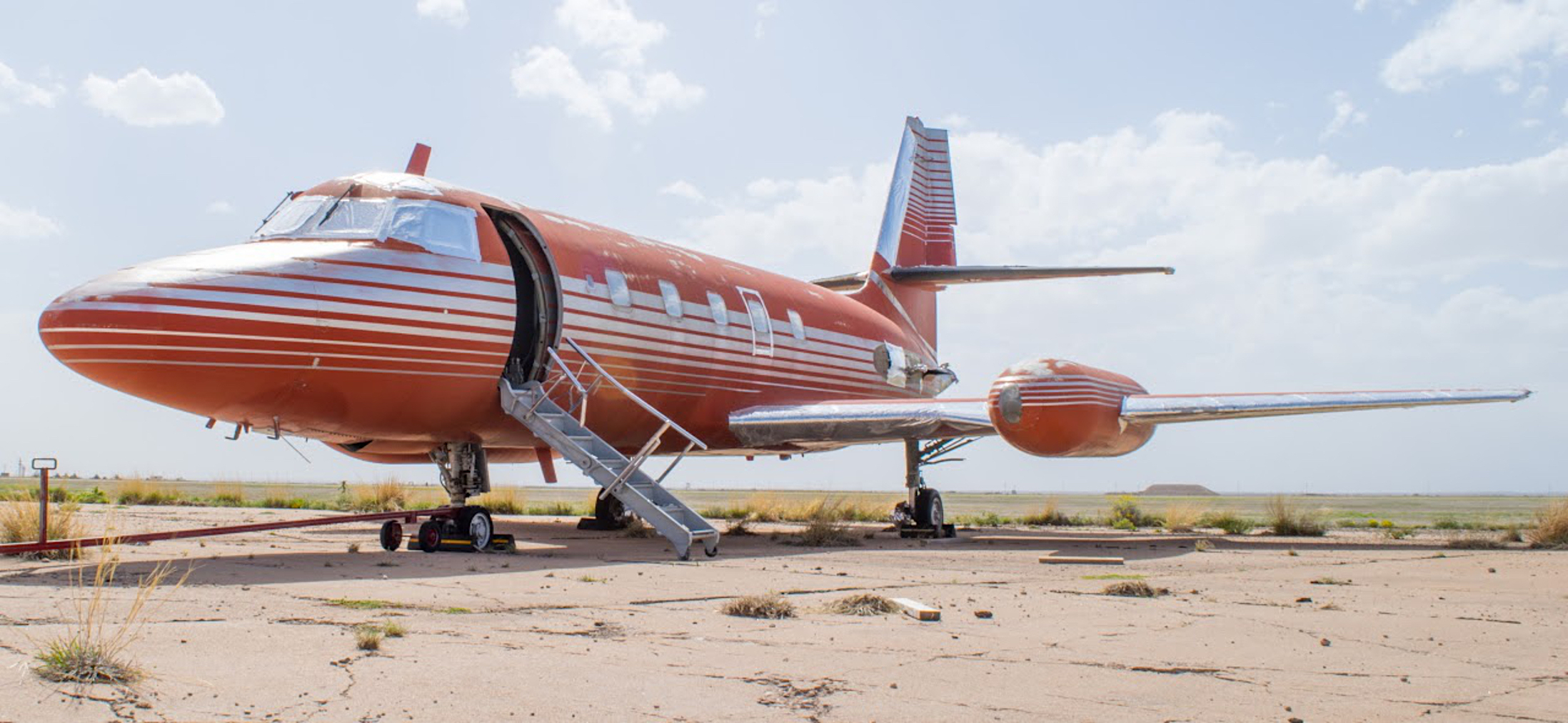 Elvis Private Jet up for auction