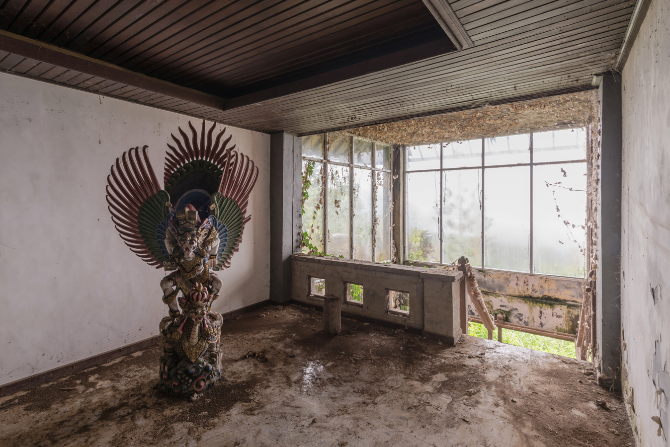 see inside an eerie abandoned hotel in indonesia