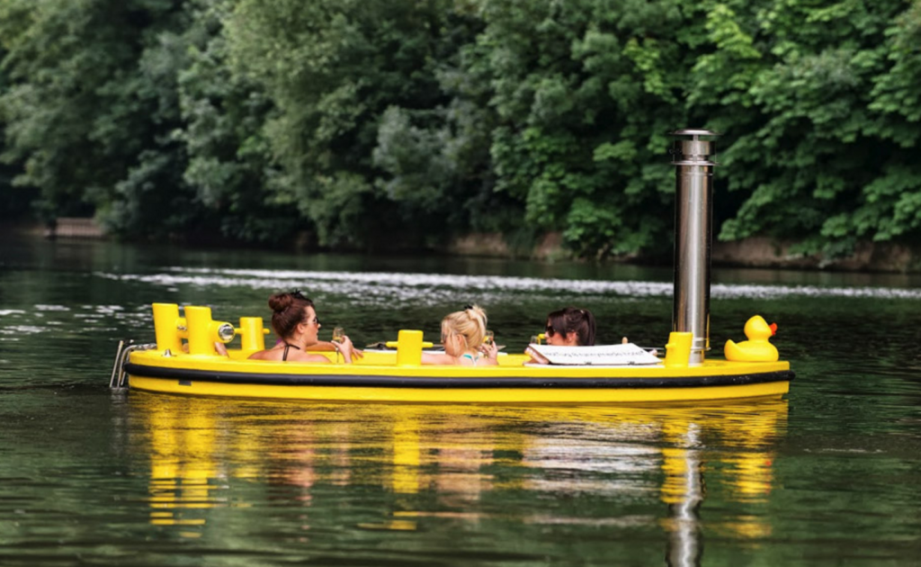 Floating hot tubs will soon be a thing on London's Regent's Canal. Image: HotTug Uk