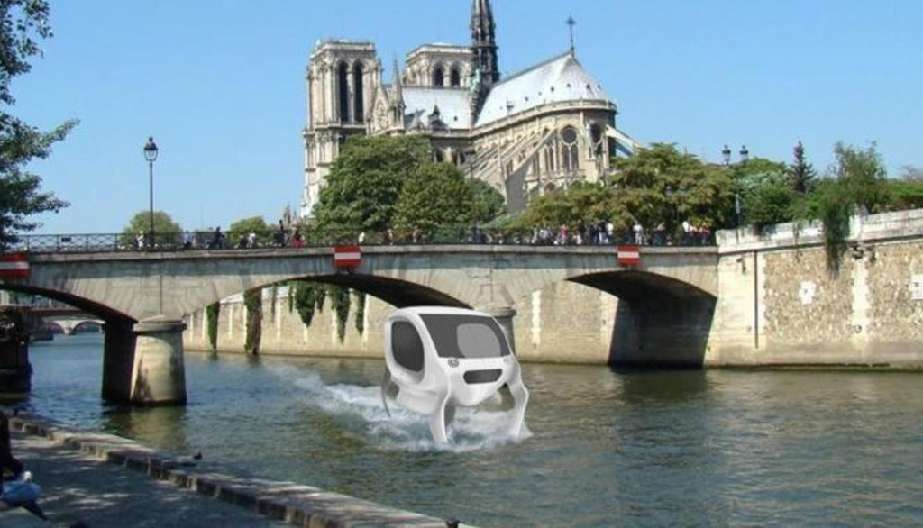 Flying water taxis have been tested for the first time on the River Seine in Paris. Image: Seabubbles