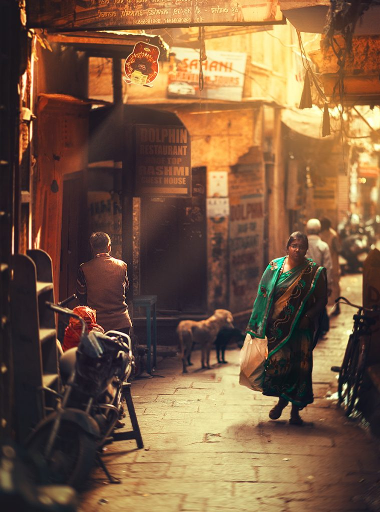 Night time in the lanes of Varanasi