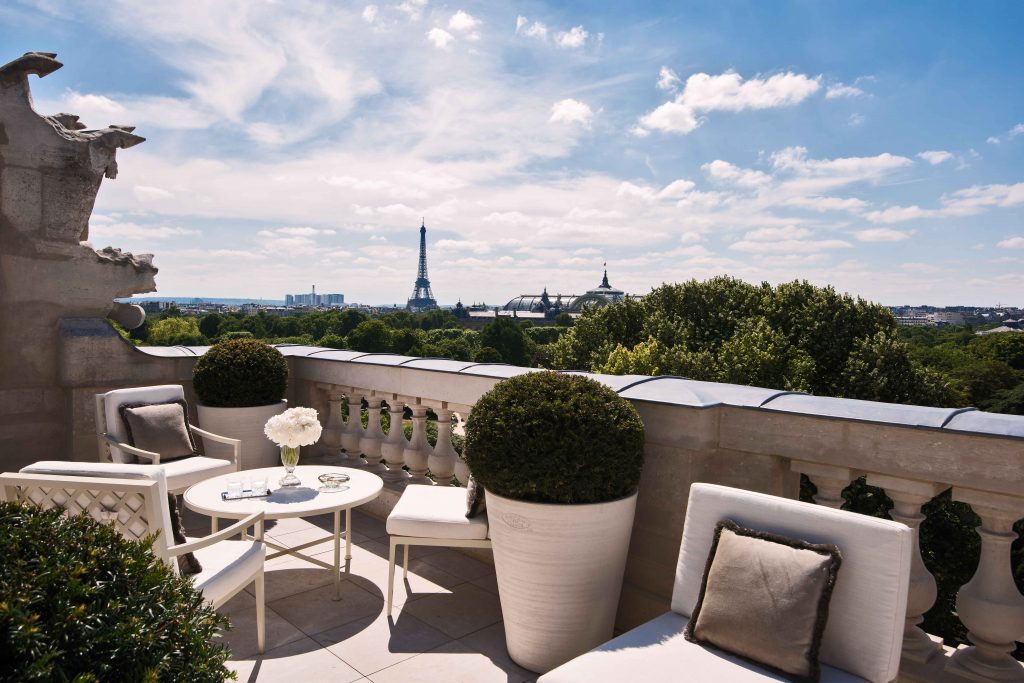 The suites - like Suite Bernstein - provide amazing views of the city of Paris.
