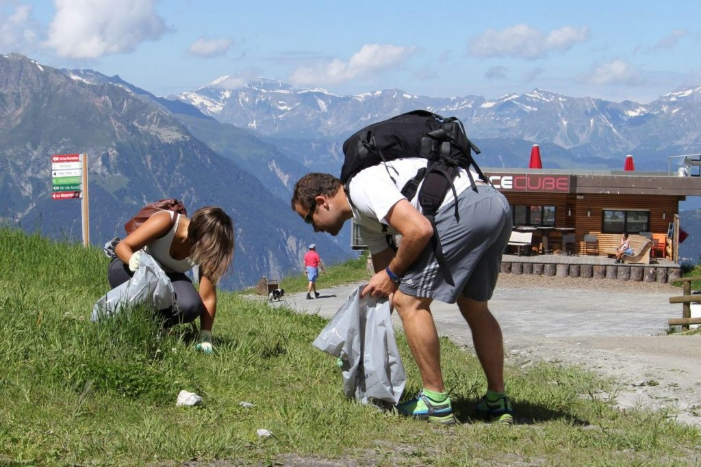 WeHike is organising hikes in the Swiss Alps where participants will clean rubbish left behind. Image: Summit Foundation