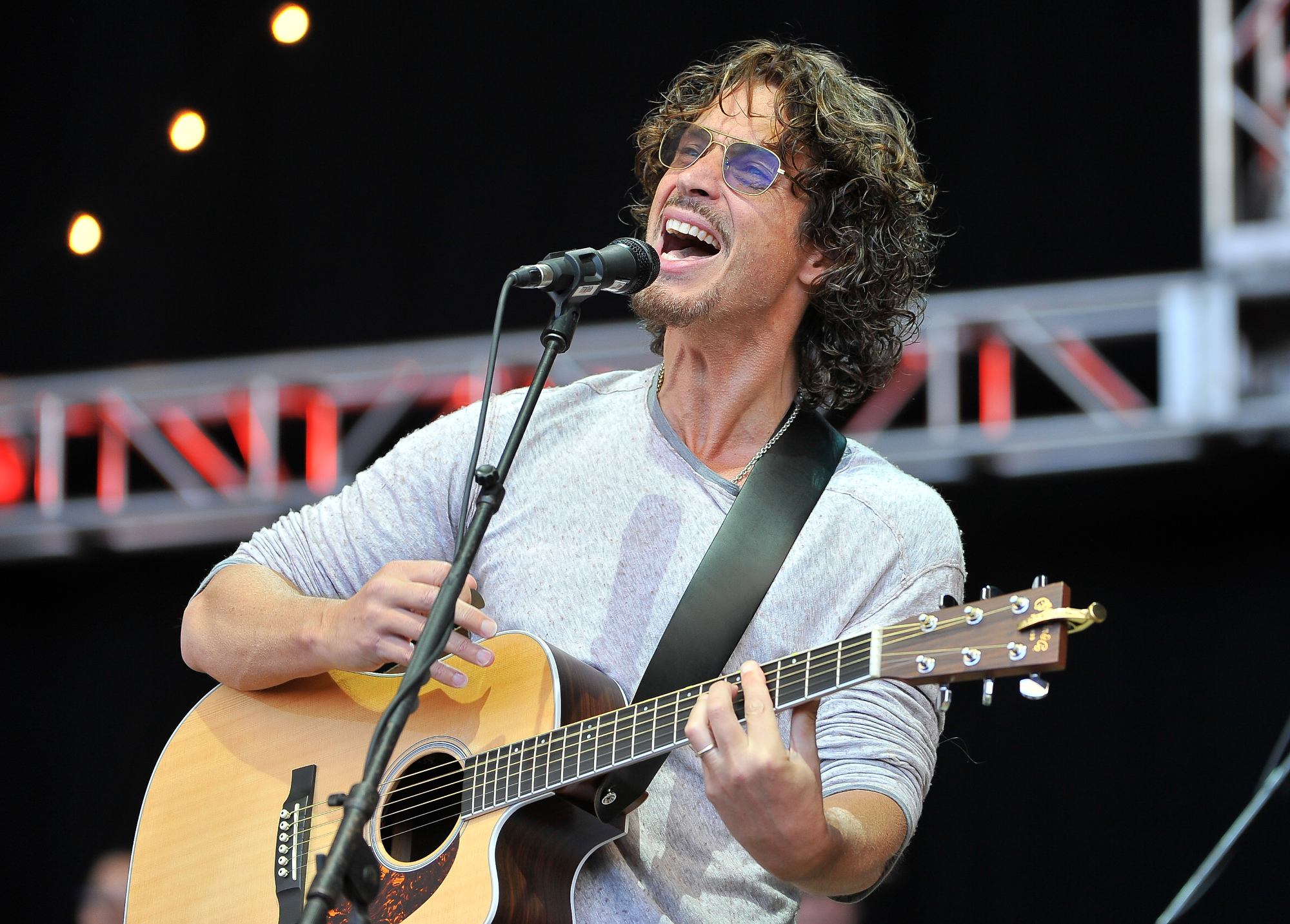 Chris Cornell performing an acoustic song